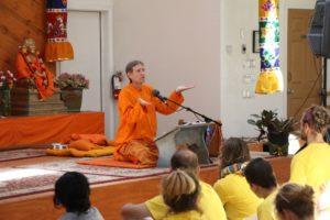 swami-dharma-teaching-opt